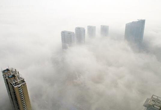 天气暖暖暖,最高气温17℃!但雾霾又卷土重来